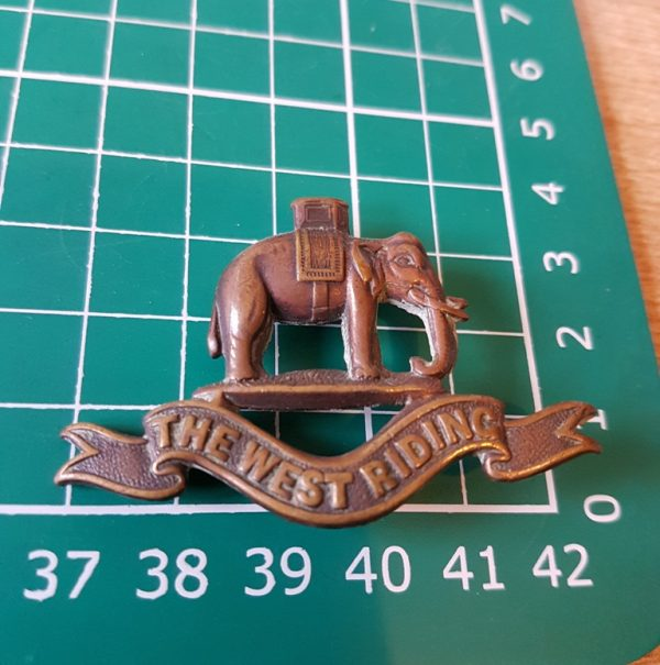 West Riding Duke of Wellington Regiment Officers collar badge