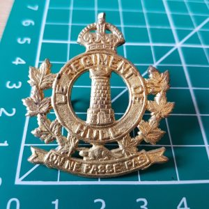 Le Regiment De Hull Cap Badge