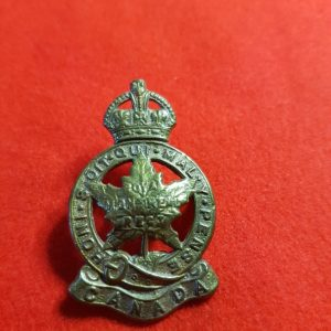 Royal Montreal Regiment Cap Badge