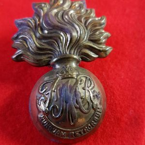Canadian Les Fusiliers Mont Royal Cap Badge