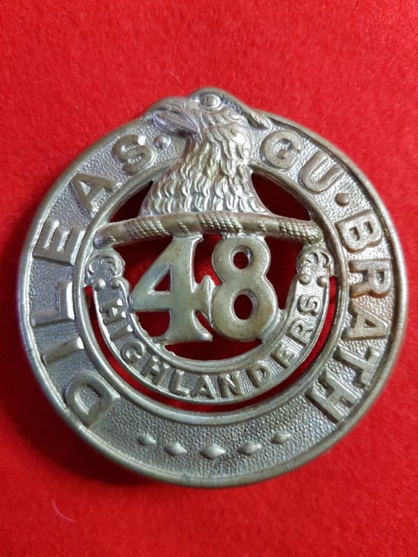 Canadian 48th Highlanders Cap Badge
